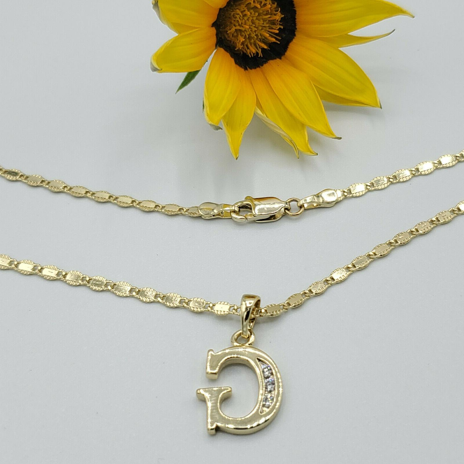 14K Gold Plated Letter with Chain. Oro
