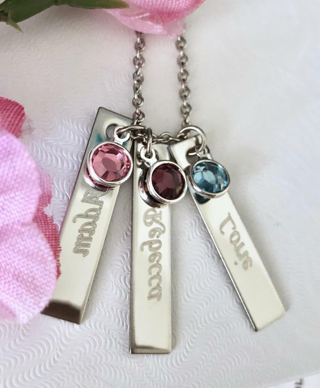 Personalized name/stone Stainless steel Name Bar Necklace Ve
